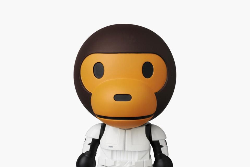 medicom-toy-a-bathing-ape-star-wars-vinyl-dolls-5-960x640