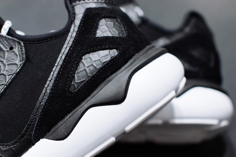 a-closer-look-at-the-adidas-consortium-tubular-runner-4