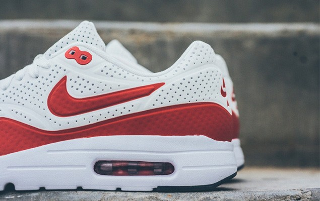 nike-air-max-1-ultra-moire-white-challenge-red-3