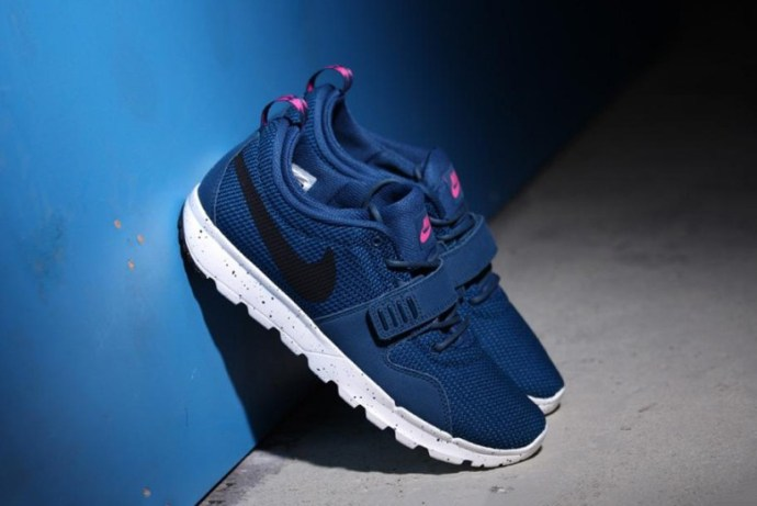 nike-sb-trainerendor-blue-force-1