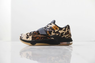 a-closer-look-at-the-nike-kd7-ext-longhorn-state-1