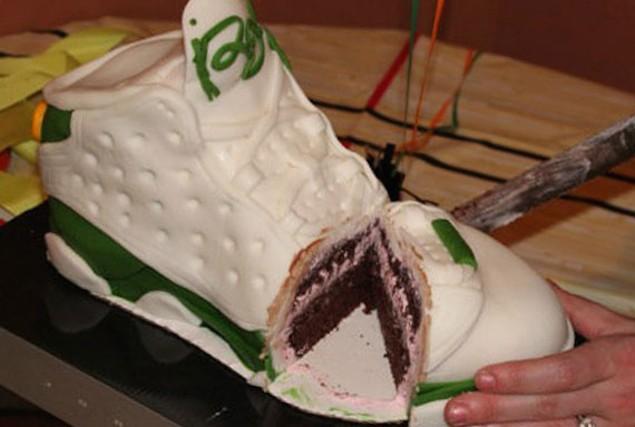 ray-allen-xiii-sneaker-cake-1