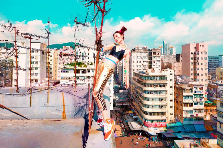 adidas-originals-2015-light-up-the-city-campaign-featuring-sammi-and-elva-4