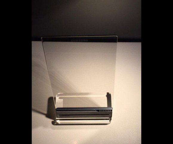 avengers-smart-phone-samsung