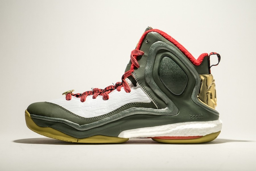 """2.Rose 5 Boost_""""The Year of the Goat""""羊年系列_$5,690_1月16日上市"""