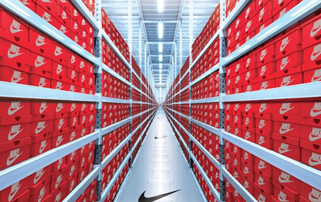 nike-com-launches-assist-service-bridging-store-and-web-1