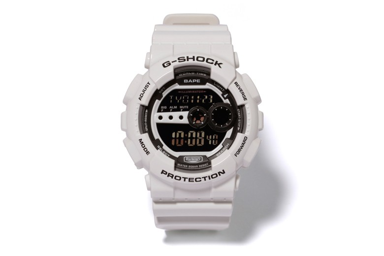 a-bathing-ape-x-casio-g-shock-gd-100-japan-bape-store-limited-edition-1