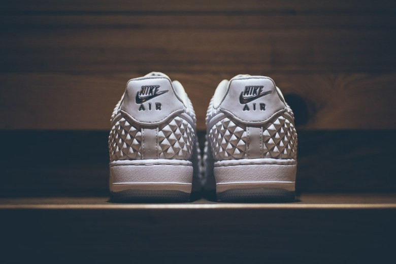 a-closer-look-at-the-nike-air-force-1-elite-qs-all-star-4