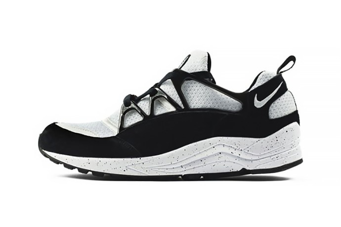 nike-air-huarache-light-eclipse-pack-size-exclusive-1