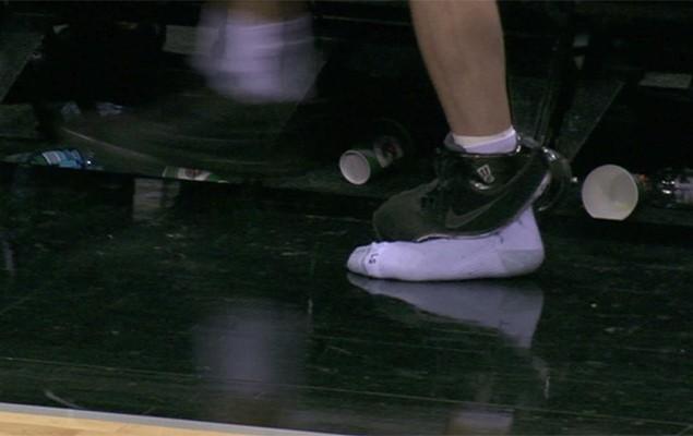 sneaker-mishaps-nba