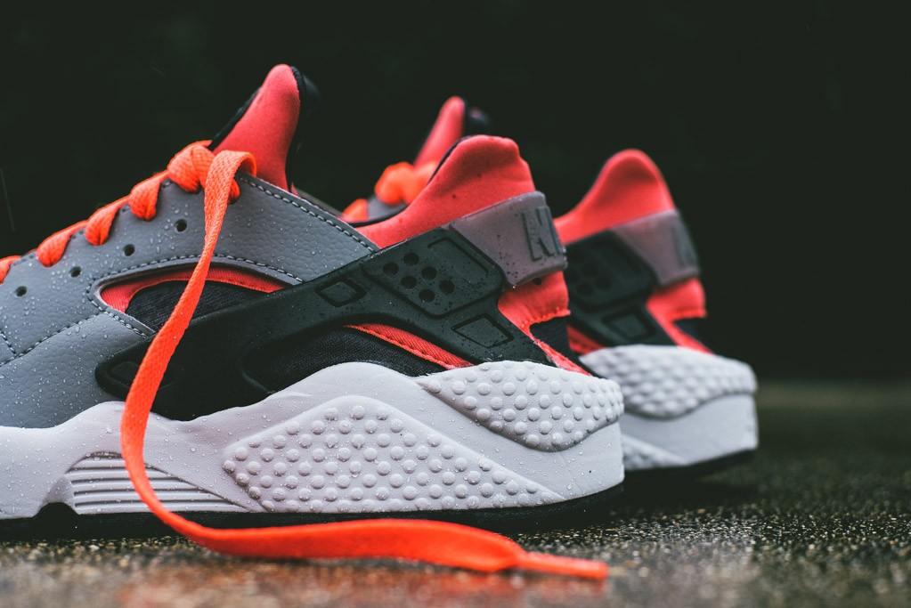 Nike_Air_Huarache_Grey_Infrared_3