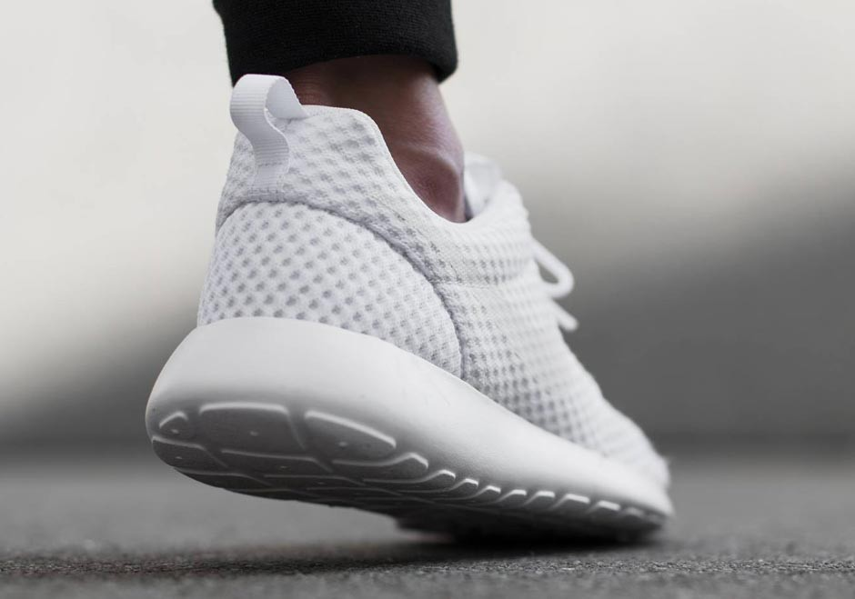 nike-roshe-run-breathe-white-wolf-grey-04