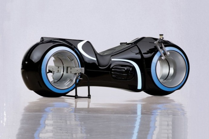 tron-lightcycle-working-replica-for-40000-1