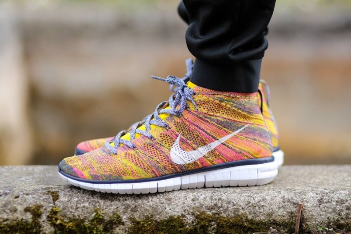 nike-free-flyknit-chukka-midnight-navy-true-yellow-1