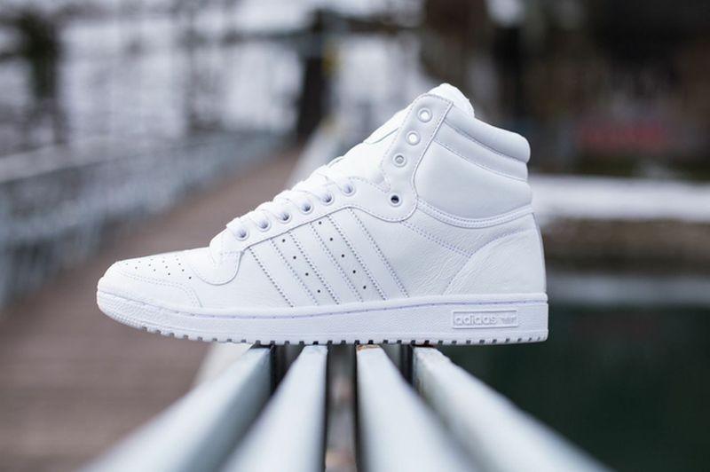 titolo-sneakers_02