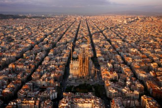a-drones-birds-eye-view-of-landmarks-around-the-world-2