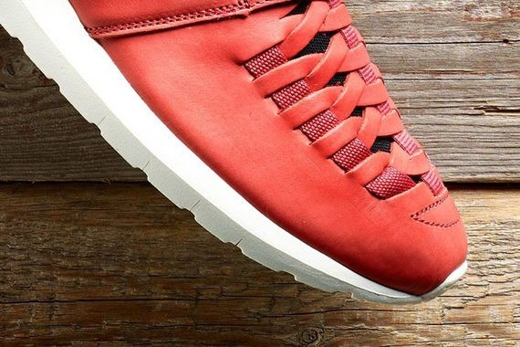 nike-roshe-run-nm-woven-pueblo-red_03