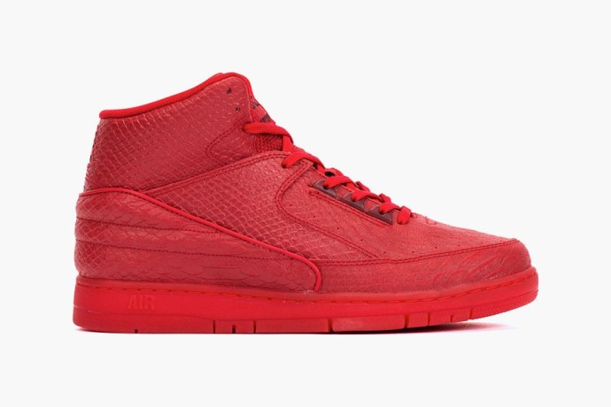 nike-air-python-prm-red-red-01