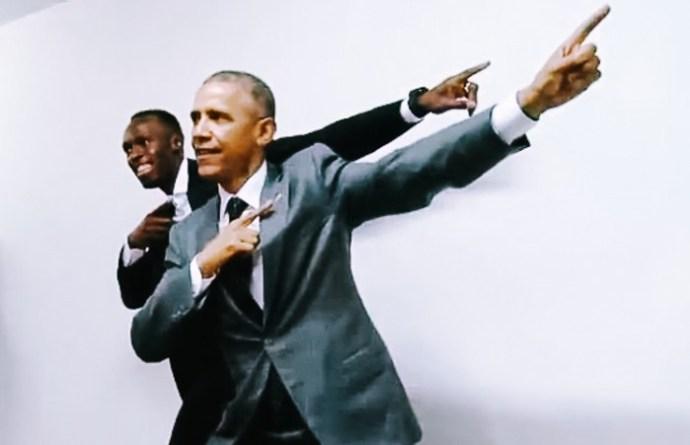 041115-01-celebs-social-media-barack-obama