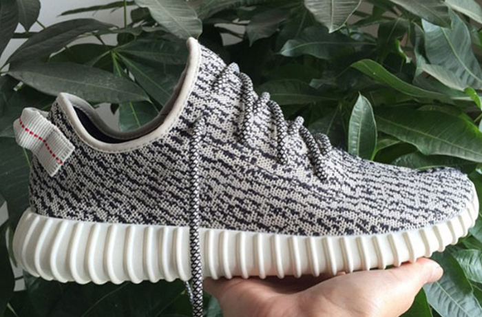 detailed-kanye-350-yeezy-boost-01
