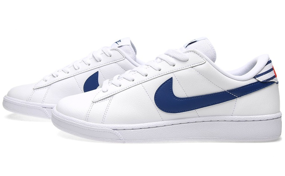 nike-tennis-classic-white-gym-blue-1