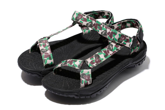bape-alpine-design-sandals-1