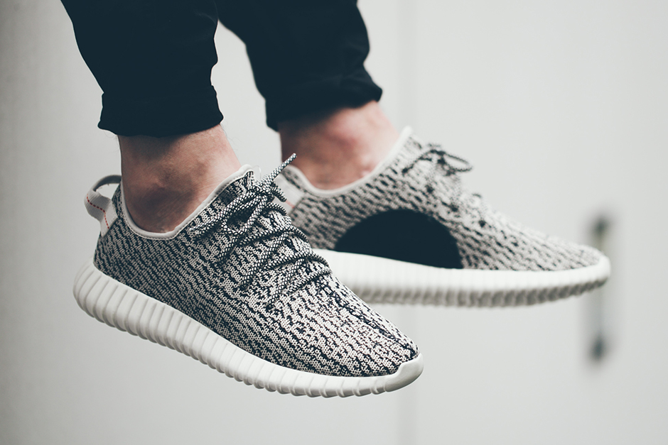 adidas-yeezy-350-boost-low-on-feet-look-01