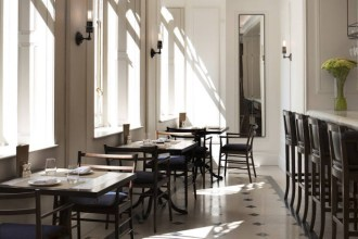 burberry-opens-its-first-cafe-in-london-flagship-store-3