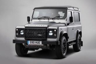 land-rover-produces-bespoke-two-millionth-defender-1