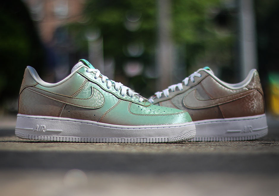 statue-of-liberty-nike-air-force-1-low-preserved-icons