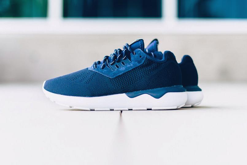 adidas-originals-tubular-runner-weave-navy-001