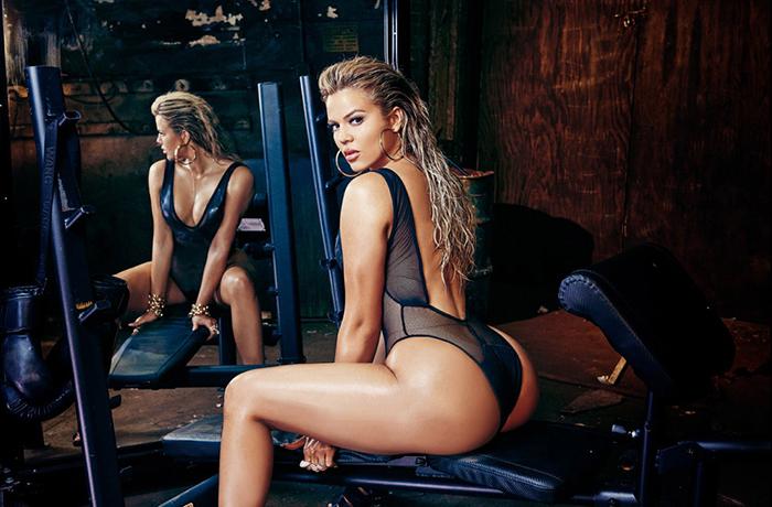 khloe-kardashian-strips-complex-cover-01-960x640