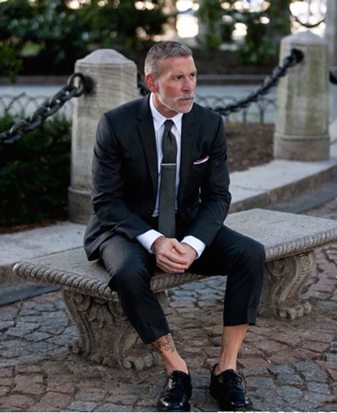 suit_no_socks_ywkwrr