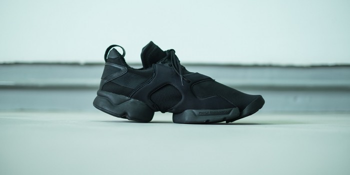 "10-Y-3-KOHNA-""Triple-Black""-1200x600"