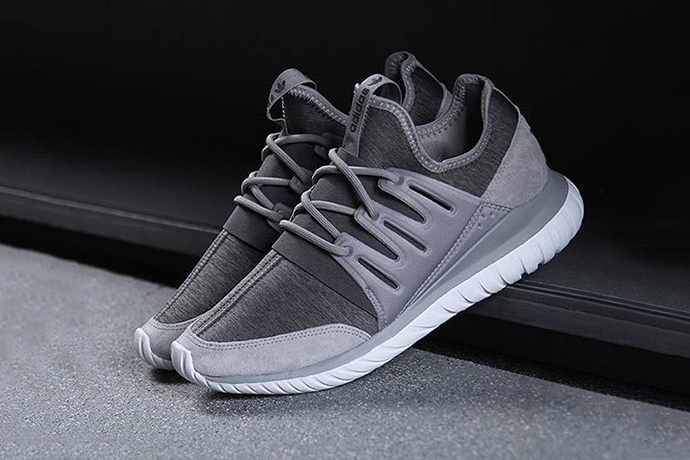adidas-originals-tubular-radial-fleece-1