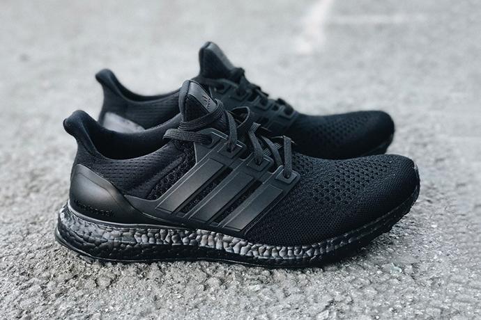 adidas-ultra-boost-triple-black-2-11