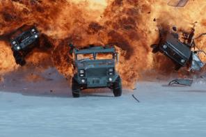 《玩命關頭 8》預告再釋出,這回竟飆車飆到極地地區了!