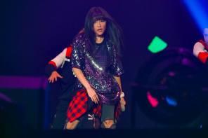 「最強怪物新人」安那一跳成名!粉絲爆增30倍,洗腦神曲舞蹈版 MV 正式釋出!