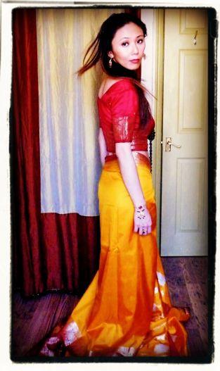 sari top + sari proper