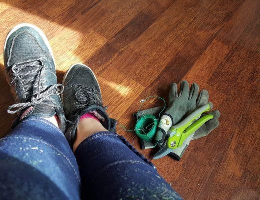 moestuinieren- vieze schoenen