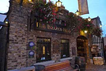 picture of the brazen head oldest pub in ireland