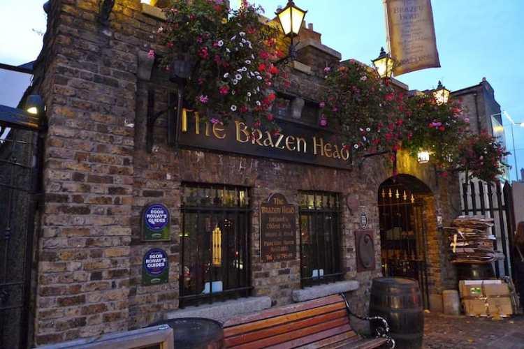 picture of the brazen head oldest pub in ireland
