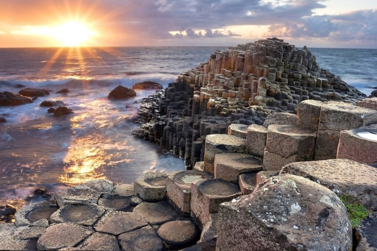 featured-image-of-20-Things-to-do-in-Antrim - causeway
