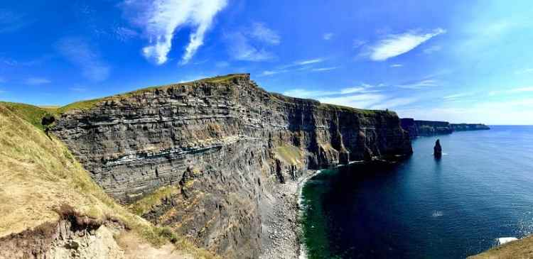 image of cliff of moher
