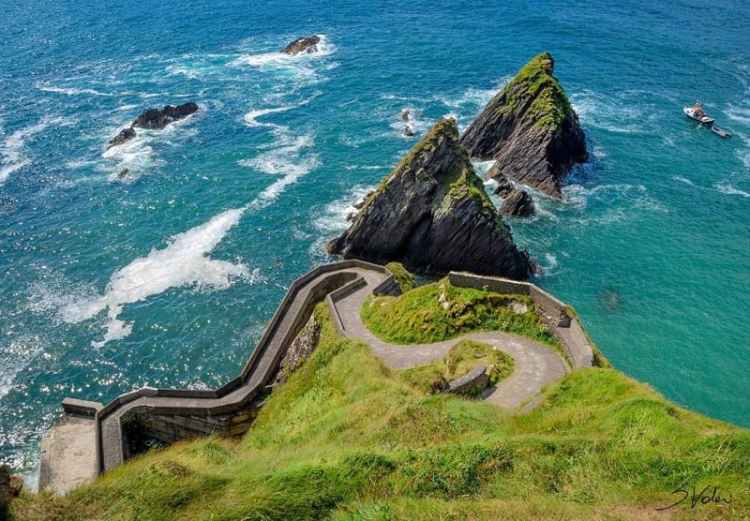 image of Dunquin Harbor
