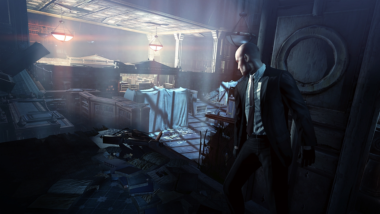 Agent 47 lurks in the shadows in Hitman: Absolution.