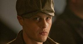 """ג'ימי דרמודי, """"אימפריית הפשע"""", © 2011 Home Box Office Inc"""