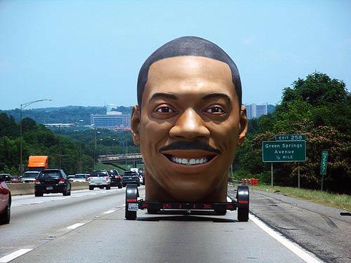 eddie-murphy-giant-head