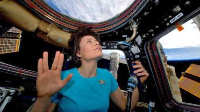 Photo of Astronaut Cosplays Star Trek In Space (And It's Awesome)