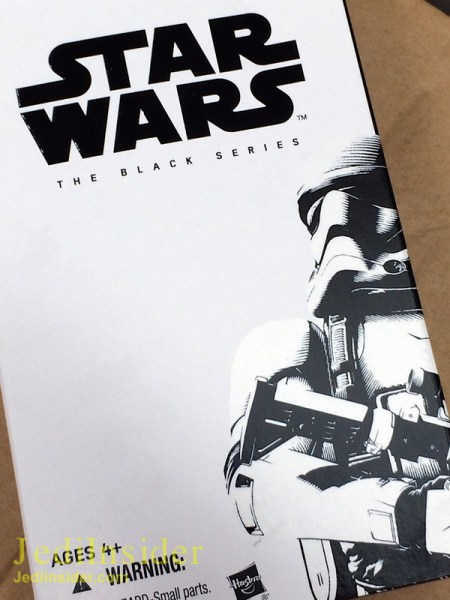 The_Black_Series_6_Inch_Force_Awakens_First_Order_Stormtrooper01__scaled_600